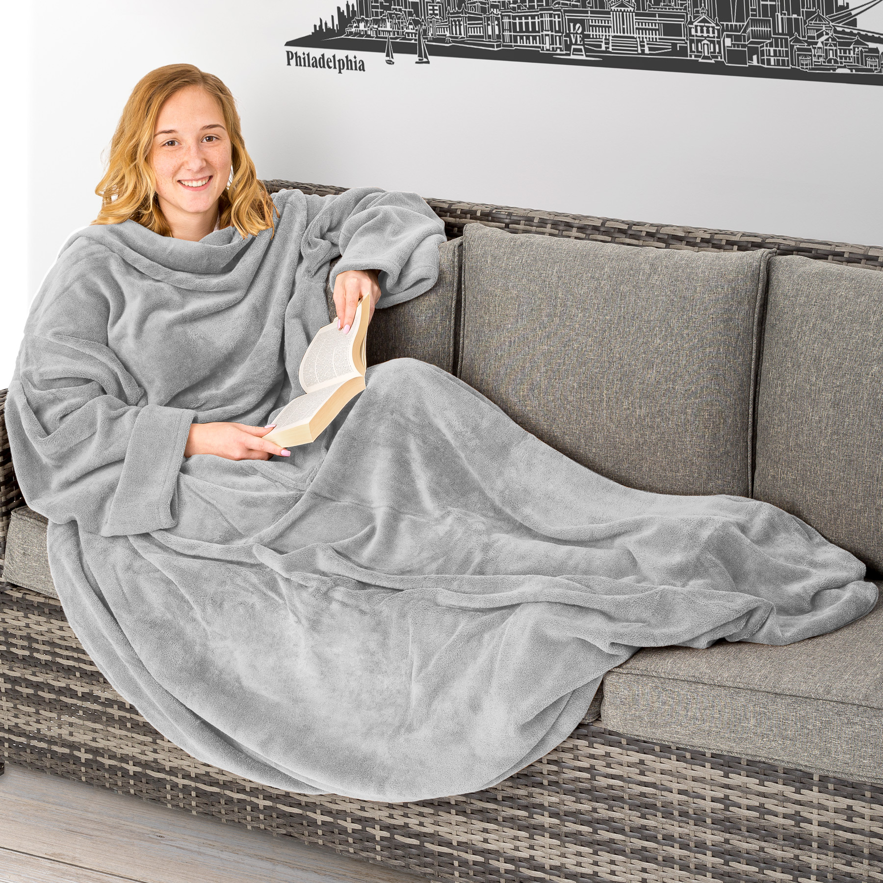 blanket with sleeves and pocket snuggle throw sofa bed. Black Bedroom Furniture Sets. Home Design Ideas